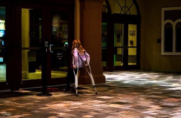 crutches_dsf0813-1